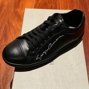 GIORGIO ARMANI MEN LOW TOP SNEAKER SIZE 7 US
